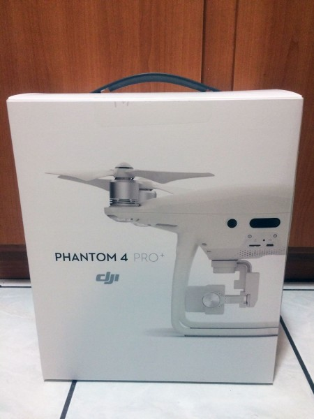 DJI Phantom 4 Quadcopter Drone con 4K Gimbal estab