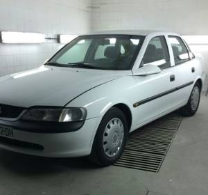OPEL VECTRA INYECCION.