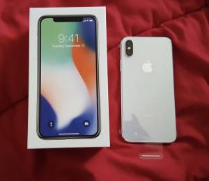 Apple iPhone X - 256GB - Space Grey Smartphone