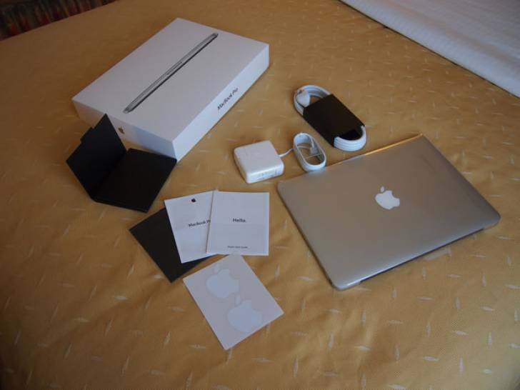 Apple Macbook Pro 13 Inch Retina (i7, 2.8GHz, 16GB