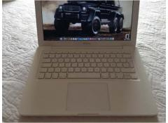 Macbook blanco unibody 2009 perfecto estado